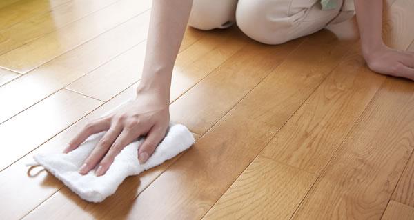 床の洗浄、ワックス、フロアコーティング